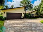 F10302825 - 3524 Lakeview Dr, Delray Beach, FL 33445